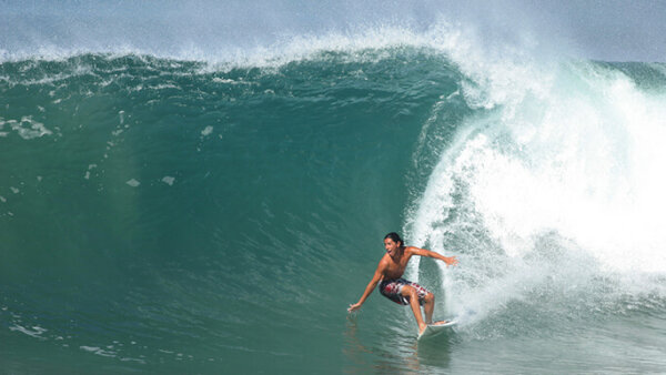 ハワイの人気サーファービーチTOP5【サーフィンの聖地を徹底解説】