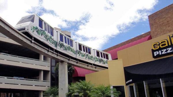 パールリッジセンター【モノレールが目印!ハワイNo.2の巨大ショッピングモール】